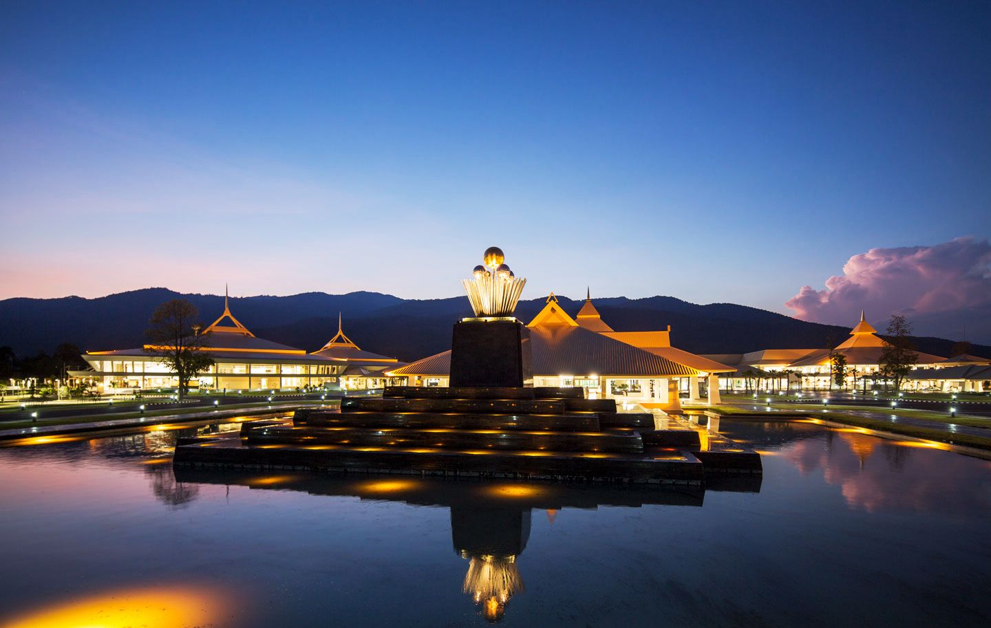 Chiang Mai Exhibition and Convention Centre.jpg